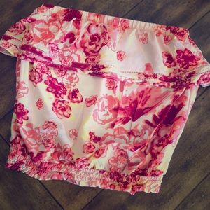 Floral flounce strapless top💖🌺